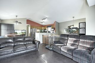 Photo 4: 163 Erin Meadow Green SE in Calgary: Erin Woods Detached for sale : MLS®# A1077161