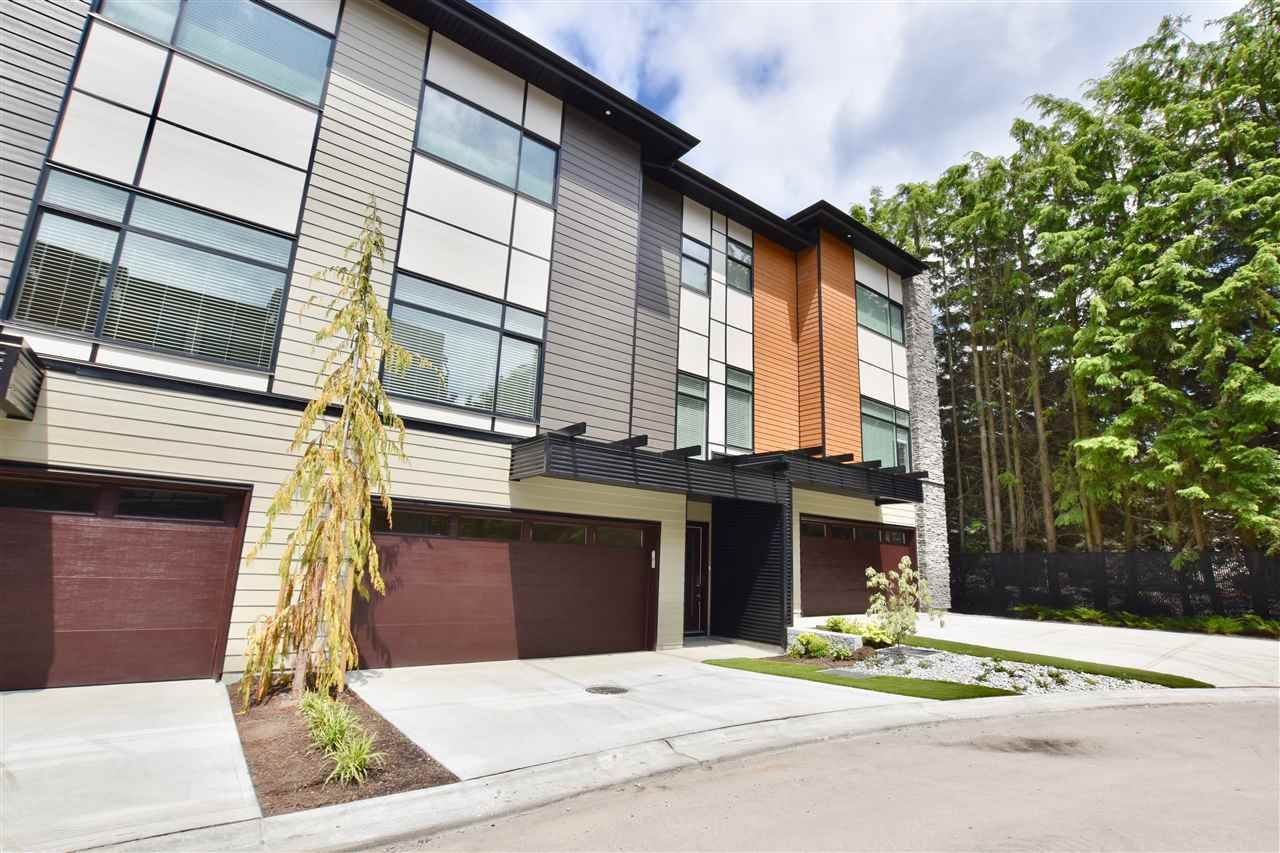 """Main Photo: 22 33209 CHERRY Avenue in Mission: Mission BC Townhouse for sale in """"Cherry Hill"""" : MLS®# R2381770"""