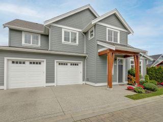 Photo 1: 2051B Seawind Way in Sidney: Si Sidney North-East Half Duplex for sale : MLS®# 874117