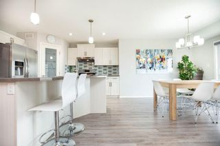 Photo 10: 83 Castlebury Meadows Drive in Winnipeg: Castlebury Meadows Residential for sale (4L)  : MLS®# 202015081