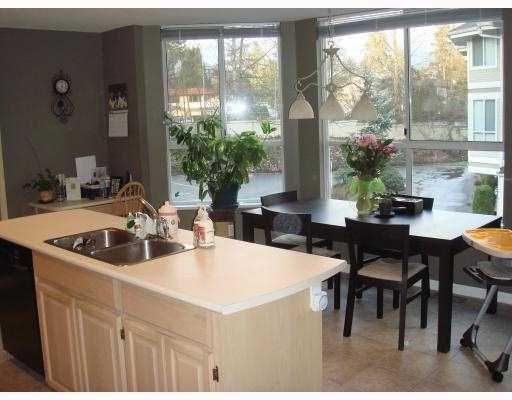 """Main Photo: 6 3228 RALEIGH Street in Port_Coquitlam: Central Pt Coquitlam Townhouse for sale in """"MAPLE CREEK"""" (Port Coquitlam)  : MLS®# V717627"""