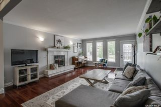 Photo 3: 118 Benesh Crescent in Saskatoon: Silverwood Heights Residential for sale : MLS®# SK864200
