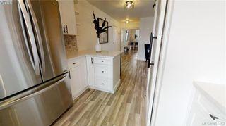 Photo 7: 301 1026 Johnson St in VICTORIA: Vi Downtown Condo for sale (Victoria)  : MLS®# 801151