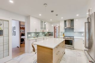 Photo 8: 6858 PATTERSON Avenue in Burnaby: Metrotown House for sale (Burnaby South)  : MLS®# R2374130