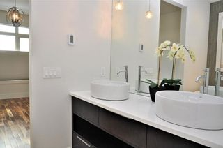 Photo 19: 1611 17 Avenue NW in Calgary: Capitol Hill House for sale : MLS®# C4161009