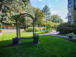 """Photo 18: 1805 1725 PENDRELL Street in Vancouver: West End VW Condo for sale in """"STRATFORD PLACE"""" (Vancouver West)  : MLS®# R2030894"""