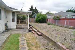 Photo 9: 19217 59A Avenue in Surrey: Cloverdale BC House for sale (Cloverdale)  : MLS®# R2294637