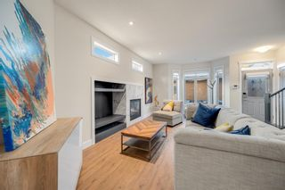 Photo 2: 2 716 56 Avenue SW in Calgary: Windsor Park Row/Townhouse for sale : MLS®# A1151316