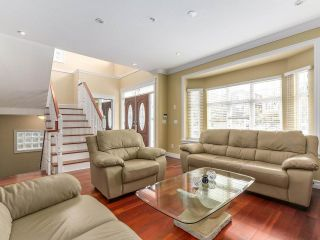 Photo 2: 5749 CREE STREET in Vancouver: Main House for sale (Vancouver East)  : MLS®# R2241377