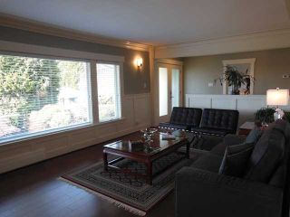 """Photo 2: 4484 CANTERBURY Crescent in North Vancouver: Forest Hills NV House for sale in """"FOREST HILLS"""" : MLS®# V1110439"""