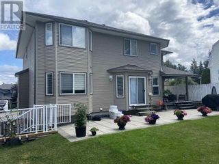 Photo 2: 4061 BARNES DRIVE in Prince George: House for sale : MLS®# R2604179