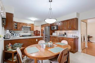 Photo 9: 660 GATENSBURY STREET in Coquitlam: Central Coquitlam House for sale : MLS®# R2040132