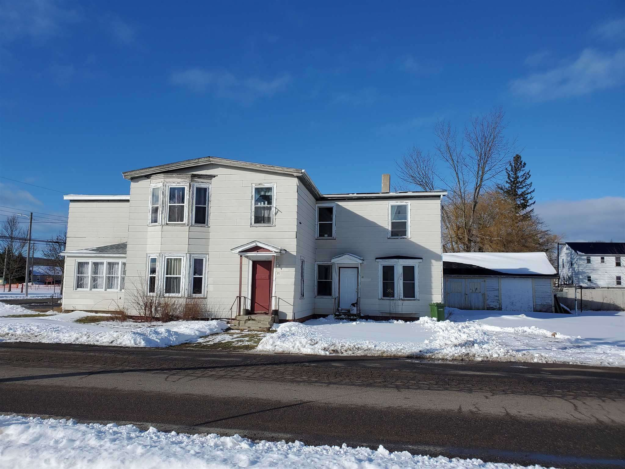 Main Photo: 32/34/36 School Street in Middleton: 400-Annapolis County Residential for sale (Annapolis Valley)  : MLS®# 202103516