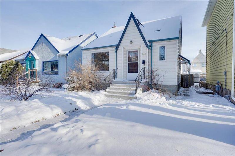 FEATURED LISTING: 467 Arlington Street Winnipeg