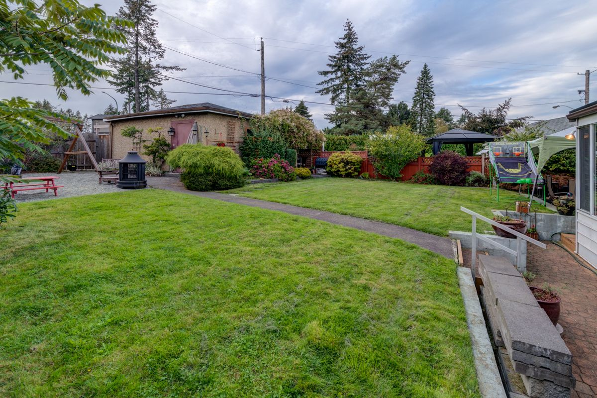 "Photo 35: Photos: 933 LAUREL Street in New Westminster: The Heights NW House for sale in ""The Heights"" : MLS®# R2308868"