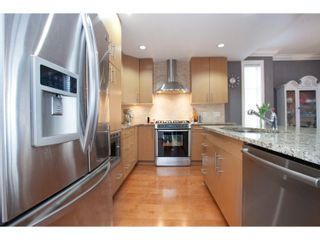 """Photo 12: 208 16421 64 Avenue in Surrey: Cloverdale BC Condo for sale in """"St. Andrews at Northview"""" (Cloverdale)  : MLS®# R2041452"""