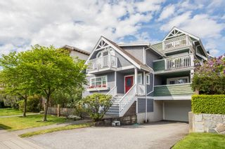 Photo 1: C 136 W 4TH Street in North Vancouver: Lower Lonsdale Townhouse for sale : MLS®# R2454273