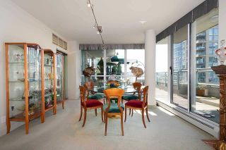 Photo 6: 1007 1288 MARINASIDE CRESCENT in Vancouver: Yaletown Condo for sale (Vancouver West)  : MLS®# R2514095