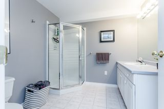 """Photo 38: 70 2500 152 Street in Surrey: King George Corridor Townhouse for sale in """"Peninsula Village"""" (South Surrey White Rock)  : MLS®# R2270791"""