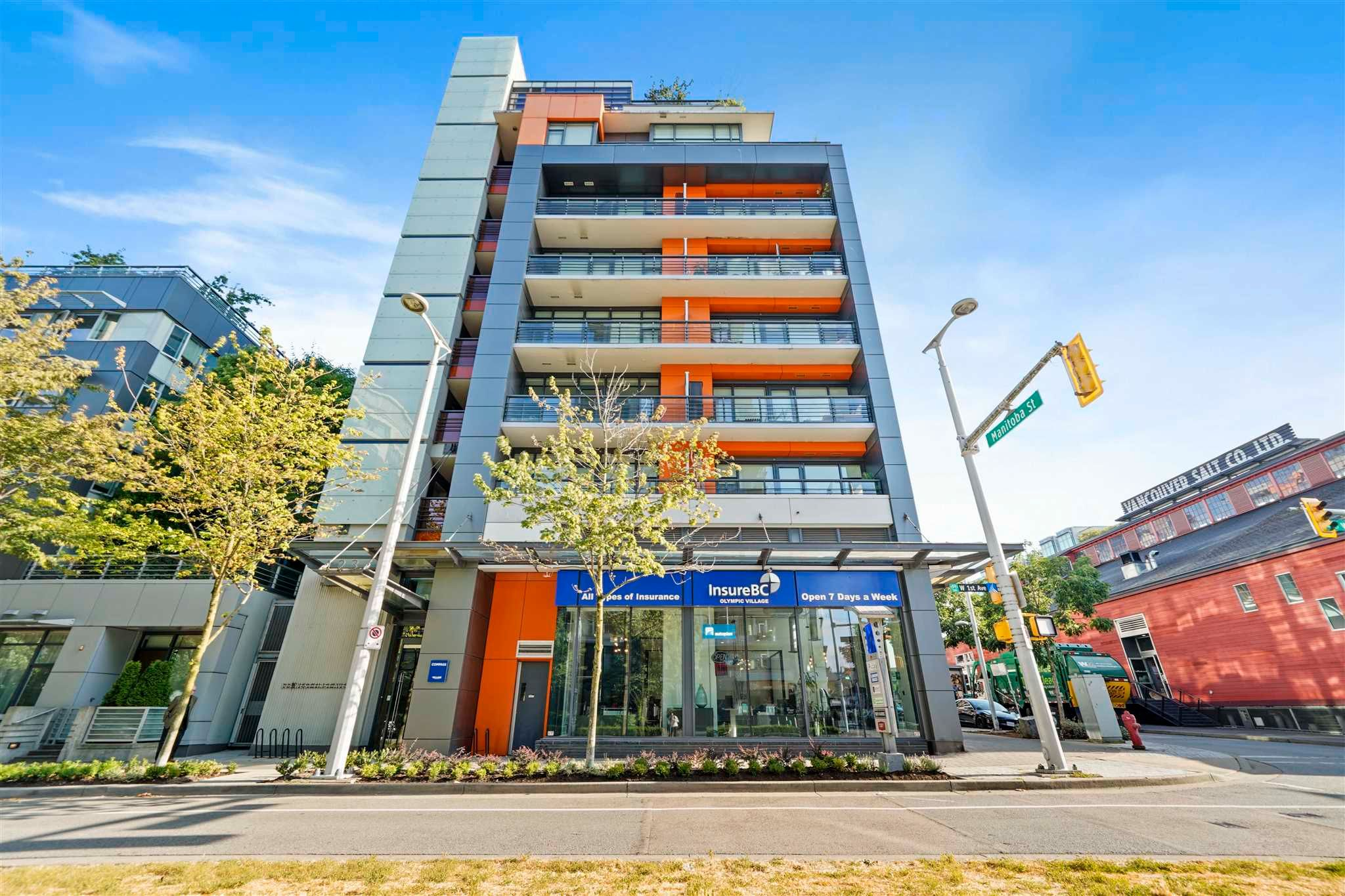 """Main Photo: 506 123 W 1ST Avenue in Vancouver: False Creek Condo for sale in """"COMPASS"""" (Vancouver West)  : MLS®# R2602843"""