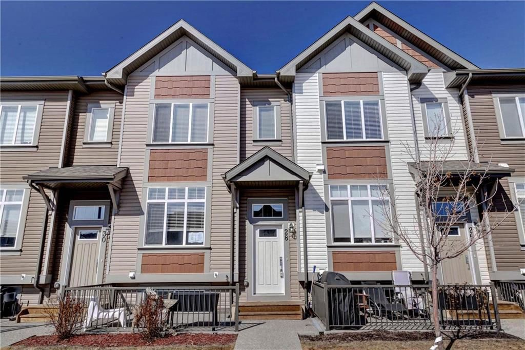 Main Photo: 28 COPPERPOND Rise SE in Calgary: Copperfield Row/Townhouse for sale : MLS®# C4235792