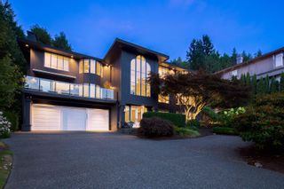 Photo 2: 4860 NORTHWOOD Drive in West Vancouver: Cypress Park Estates House for sale : MLS®# R2617676