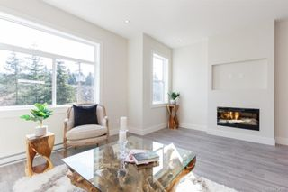 Photo 5: 607 Selwyn Close in Langford: La Thetis Heights Row/Townhouse for sale : MLS®# 834395