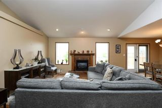 Photo 10: 10 Siskin Bay in Landmark: R05 Residential for sale : MLS®# 202118023