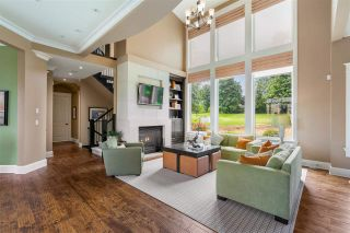 "Photo 3: 15910 HUMBERSIDE Avenue in Surrey: Morgan Creek House for sale in ""Morgan Creek"" (South Surrey White Rock)  : MLS®# R2462332"
