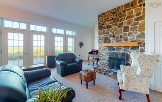 Photo 6: 380 Stewart Mountain Road in Blomidon: 404-Kings County Residential for sale (Annapolis Valley)  : MLS®# 202123106