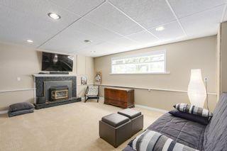 "Photo 15: 8805 DELCOURT Crescent in Delta: Nordel House for sale in ""NORDEL"" (N. Delta)  : MLS®# R2185111"