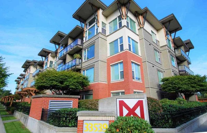 FEATURED LISTING: 220 - 33539 HOLLAND Avenue Abbotsford