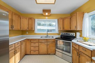 Photo 3: 419 29th Street West in Saskatoon: Caswell Hill Residential for sale : MLS®# SK863573