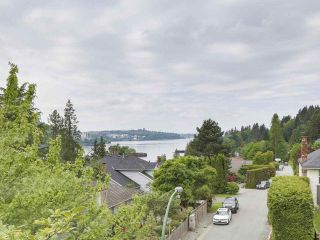 Photo 4: 240 ROCHE POINT DRIVE in North Vancouver: Roche Point House for sale : MLS®# R2172946