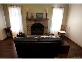 Photo 4: 213 Red Oak Drive in WINNIPEG: North Kildonan Residential for sale (North East Winnipeg)  : MLS®# 1320584
