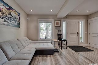 Photo 4: 621 G Avenue South in Saskatoon: Riversdale Residential for sale : MLS®# SK862797