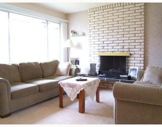 """Photo 2: 1858 UPLAND Drive in Vancouver: Fraserview VE House for sale in """"FRASERVIEW"""" (Vancouver East)  : MLS®# V757797"""