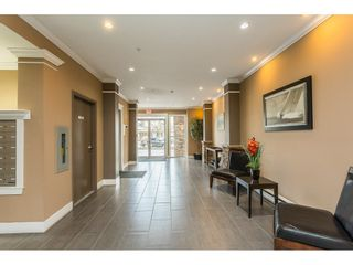 "Photo 4: 109 33338 MAYFAIR Avenue in Abbotsford: Central Abbotsford Condo for sale in ""The Sterling"" : MLS®# R2558844"