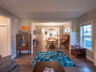 "Photo 8: 5442 MCCOURT Road in Sechelt: Sechelt District House for sale in ""West Sechelt"" (Sunshine Coast)  : MLS®# R2329594"