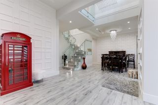 Photo 4: 11240 PATERSON Road in Delta: Sunshine Hills Woods House for sale (N. Delta)  : MLS®# R2571583