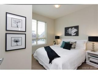 Photo 12: Fee Simple Townhome in Sidney By The Sea