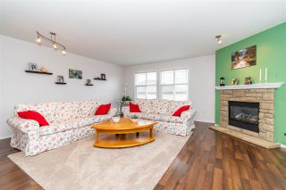"""Photo 2: 28 46906 RUSSELL Road in Chilliwack: Promontory Townhouse for sale in """"Russell Heights"""" (Sardis)  : MLS®# R2542440"""