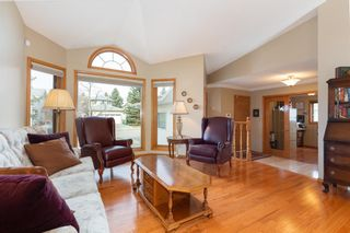 Photo 2: 60 Hawktree Green NW in Calgary: Hawkwood Detached for sale : MLS®# A1090013