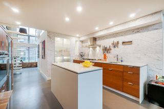 """Photo 3: 502 1529 W 6TH Avenue in Vancouver: False Creek Condo for sale in """"South Granville Lofts"""" (Vancouver West)  : MLS®# R2518906"""