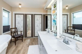 Photo 36: 10128 160 Avenue in Edmonton: Zone 27 House for sale : MLS®# E4247590