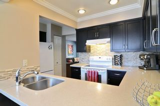 Photo 4: 51 1195 FALCON Drive in Coquitlam: Eagle Ridge CQ Townhouse for sale : MLS®# R2103325