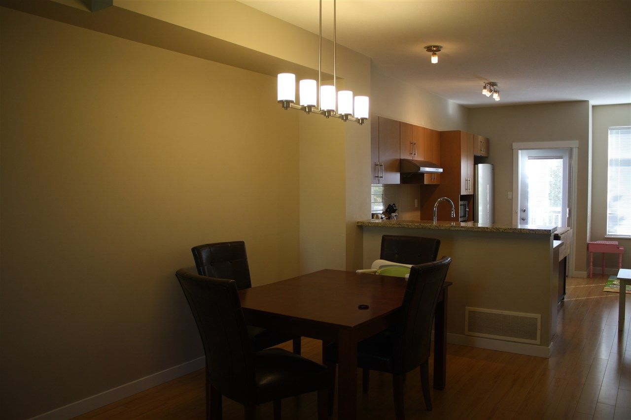 """Photo 11: Photos: 71 9800 ODLIN Road in Richmond: West Cambie Townhouse for sale in """"HENNESSY GARDEN"""" : MLS®# R2004610"""