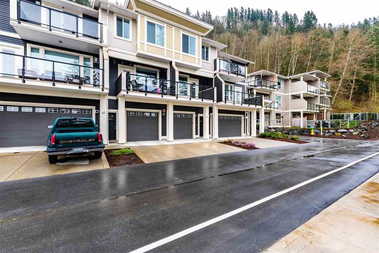 Main Photo: 63 6026 LINDEMAN Street in Chilliwack: Promontory Townhouse for sale (Sardis)  : MLS®# R2562718