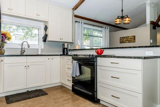 Photo 4: 369 Park Street in Kentville: 404-Kings County Residential for sale (Annapolis Valley)  : MLS®# 202124542