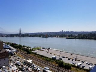 """Photo 3: 1206 668 COLUMBIA Street in New Westminster: Quay Condo for sale in """"Trapp Holbrook"""" : MLS®# R2185349"""